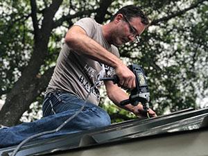 Installing Chicken Coop Roof